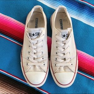 Converse All Star low top sneakers size 8